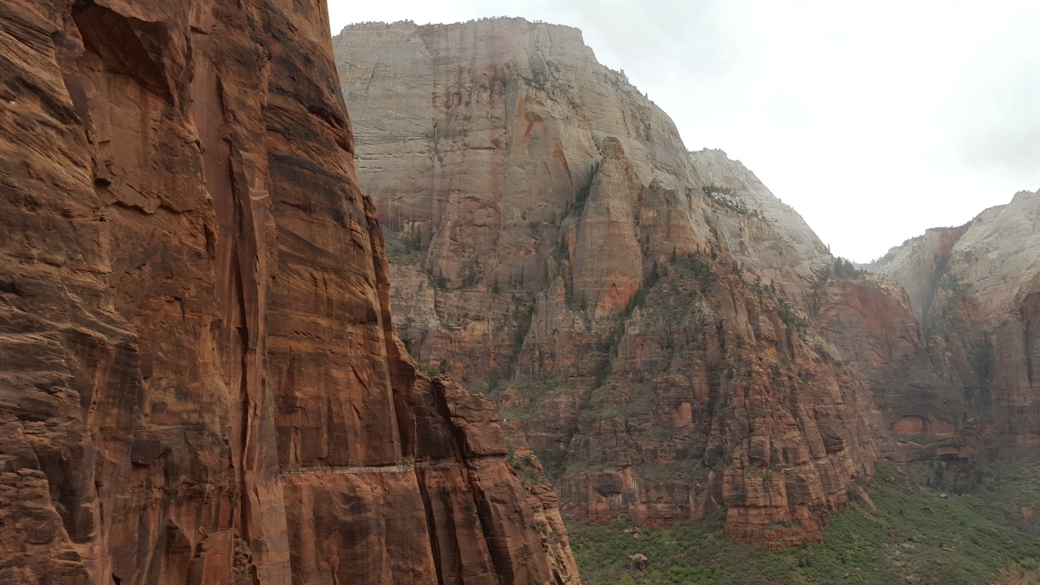 Angels Landing Trail Zion National Park 22.03.1620160322_134835