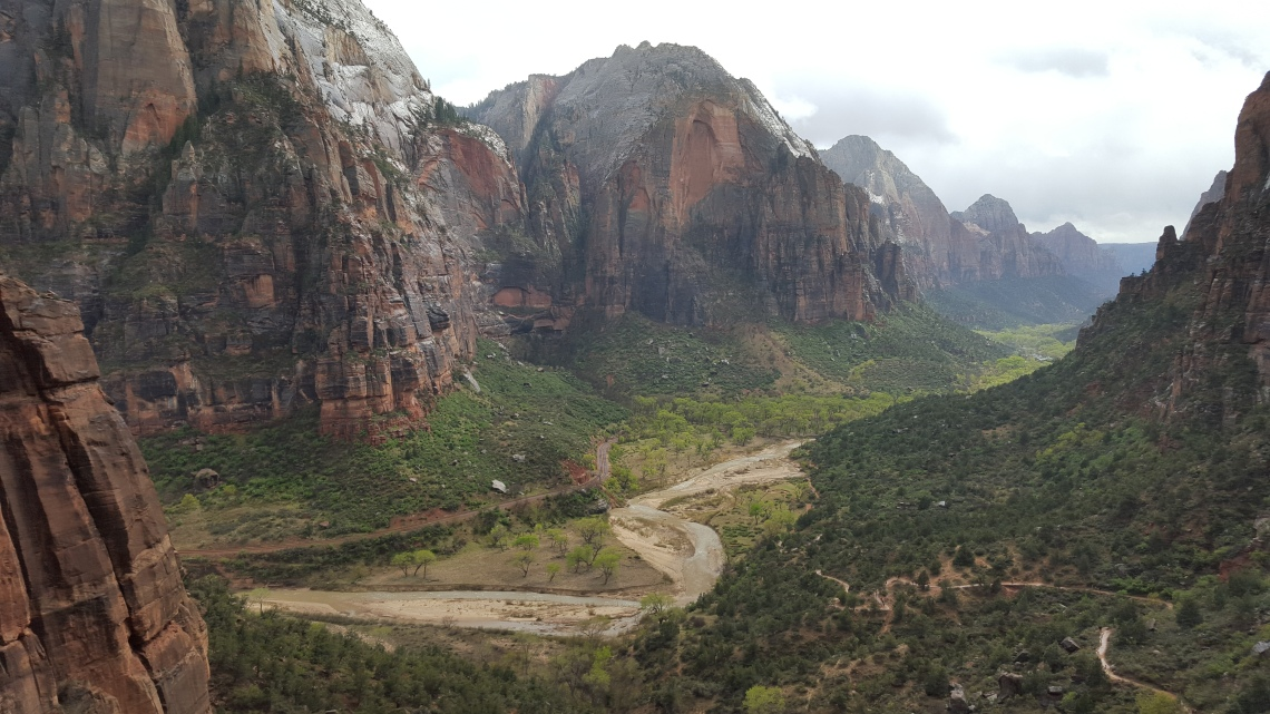 Angels Landing Trail Zion National Park 22.03.1620160322_145112