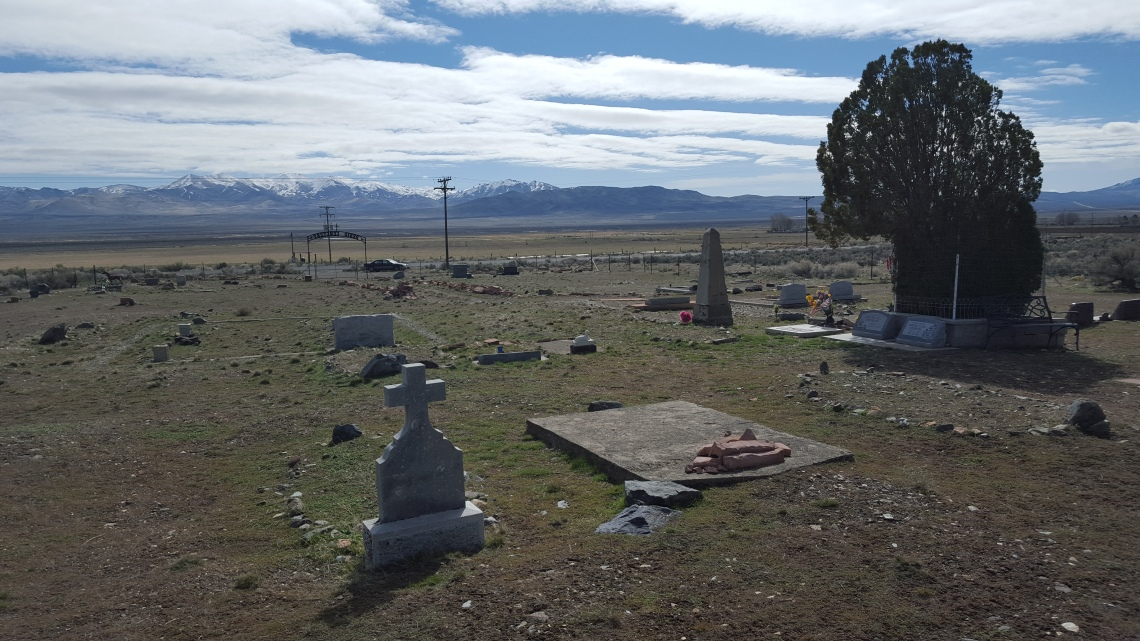 Denio Junction Graveyard Oregon-Nevada 16.03.1620160316_113245