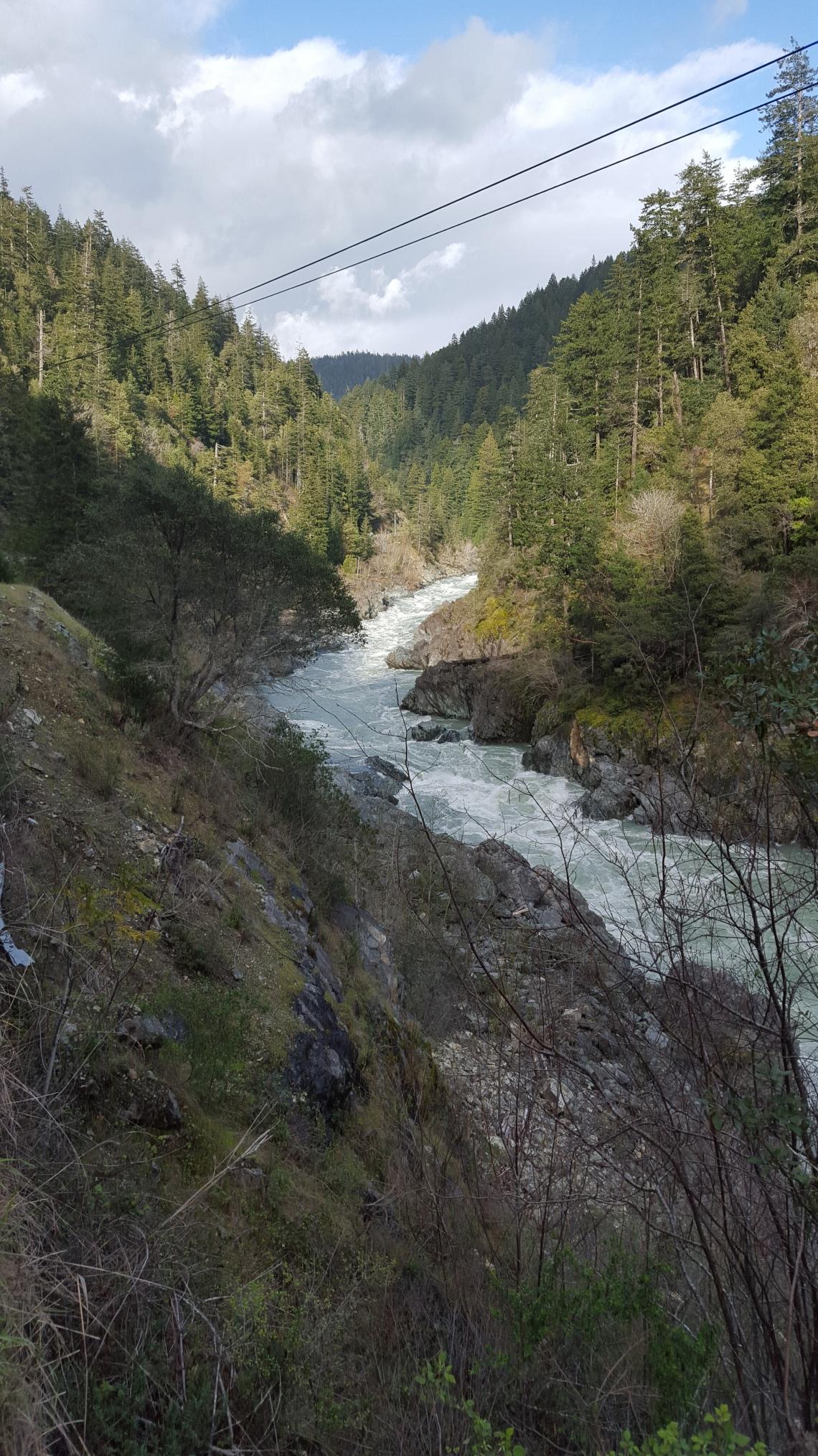 Highway 199 California-Oregon 14.03.162016-03-14 17.08.26