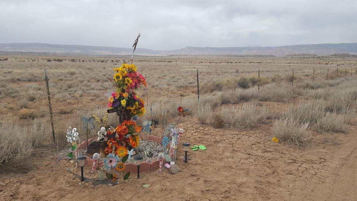 Roadside Grave Markers Highway 96 NM 29.03.16Highway 96 NM 29.03.162016-03-29 16.29.36