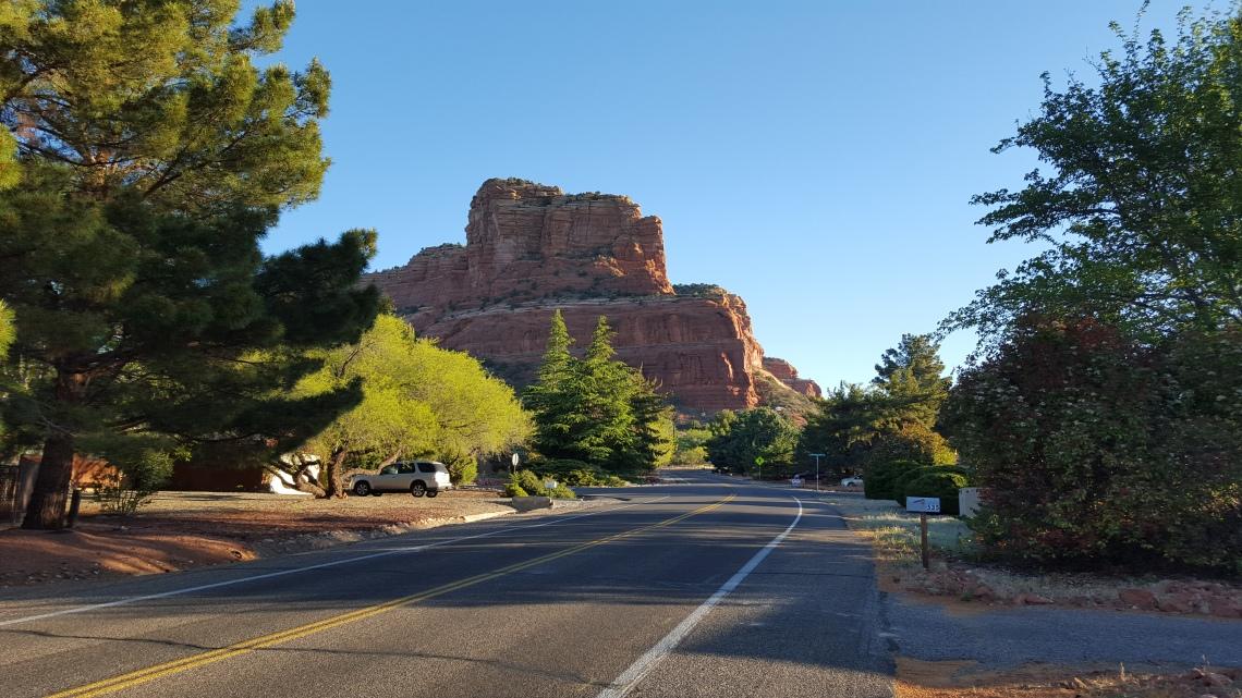 Sedona Arizona car park17.04.162016-04-17 07.47.23.jpg