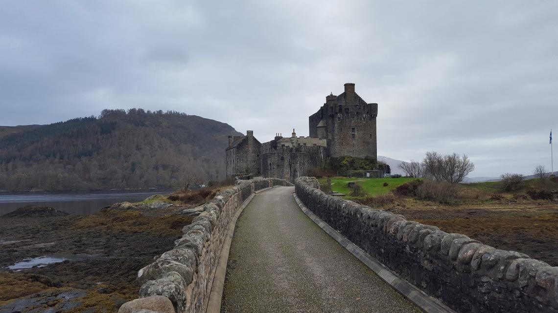 Eilean Dornie Castle Scotland November 201720171203_114557.jpg